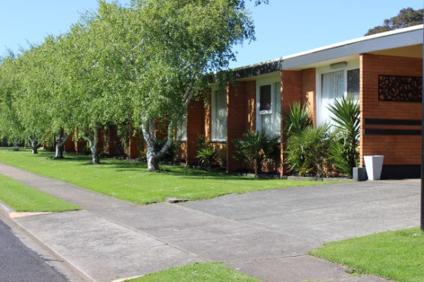 Portland Retro Motel is situated in a tranquil back street close to all local facilities & eateries.