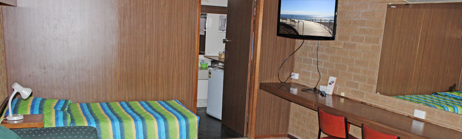 Portland Retro Motel offers clean and comfortable rooms in a serene environment at a reasonable price - Portland VIC.